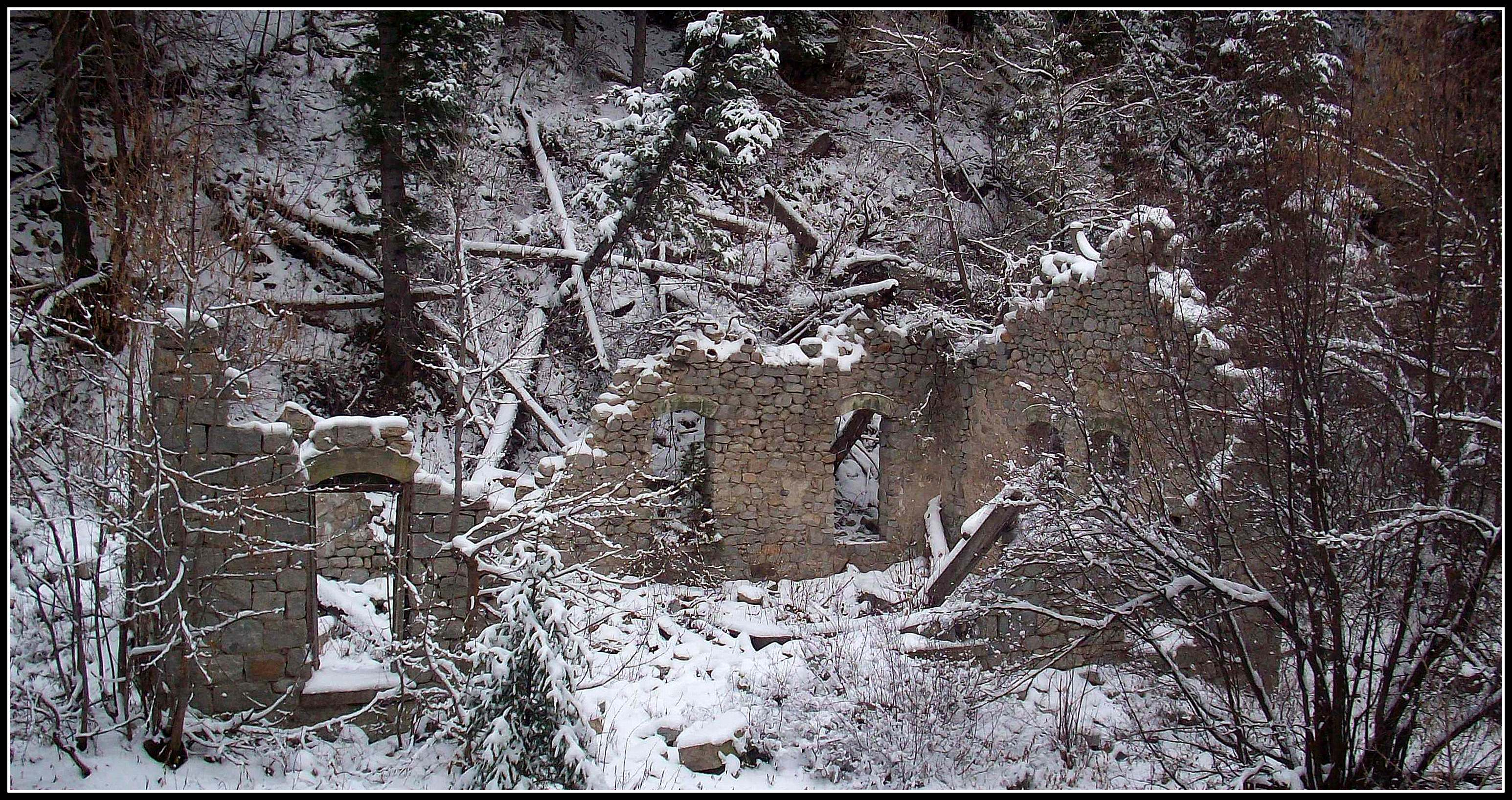 What Are The Ruins In Little Cottonwood Canyon Utah