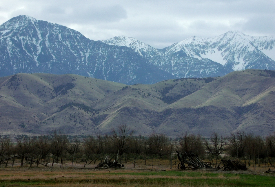 farmland and mountains, goshen utah