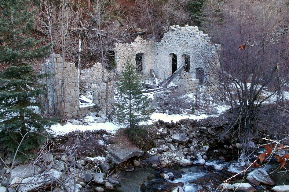 Ruins in Little Cottonwood Canyon Utah, Columbus Consolidated power station