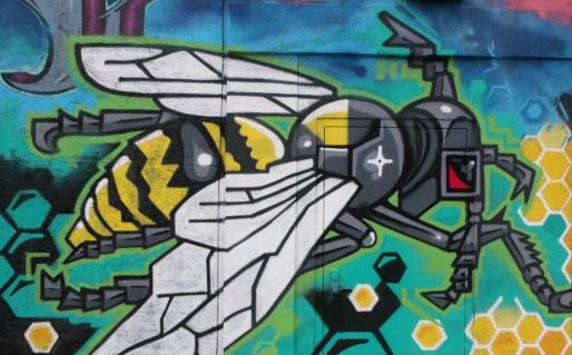 Korner Market mural honeybee