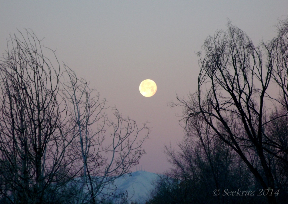 Oquirrh Mountain Moon-set