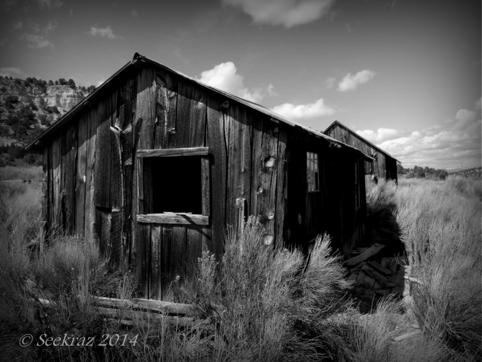 different view of homestead ruins south of Panguitch