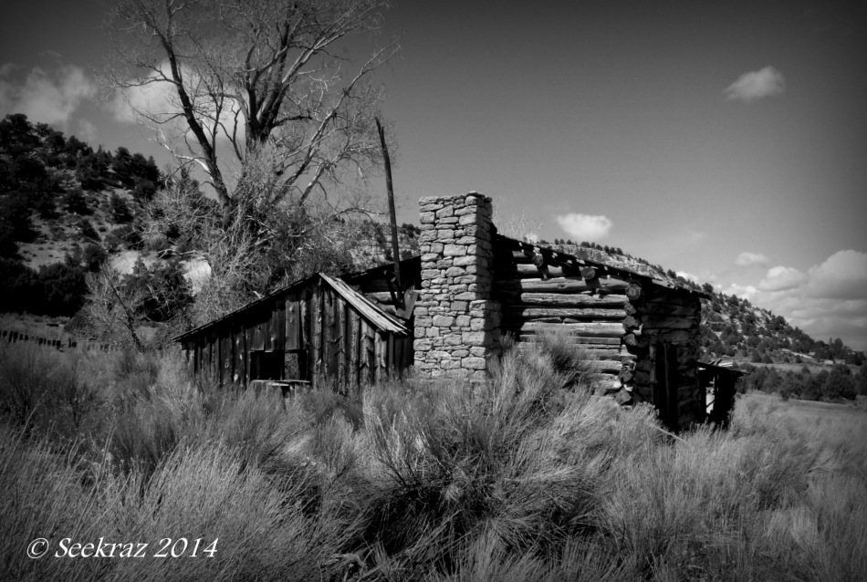 South of Panguitch homestead ruins