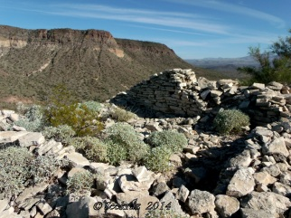 Indian Mesa ruins looking north