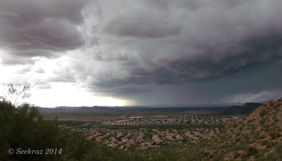 Wall of storm clouds rolling-in over north Phoenix