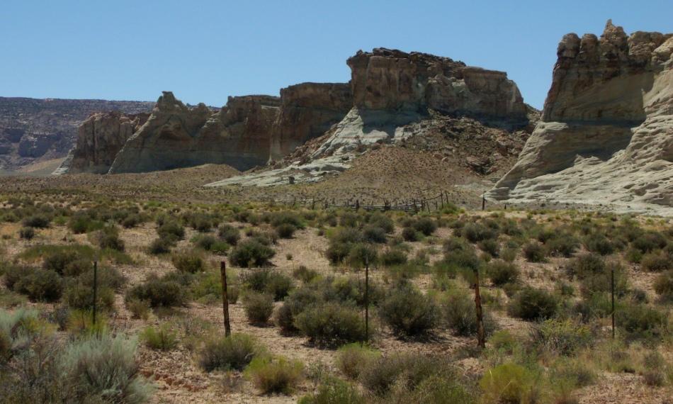 White cliffs north of Lake Powell, just inside Utah