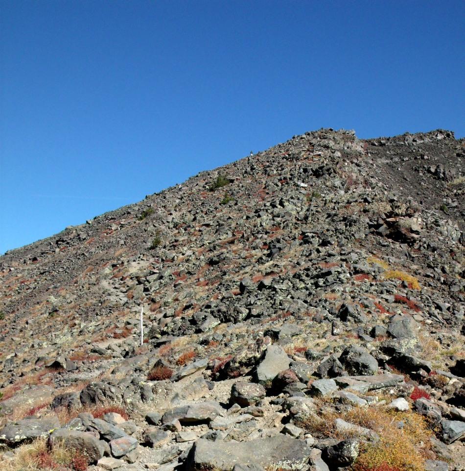 People on the trail to Humphreys Peak