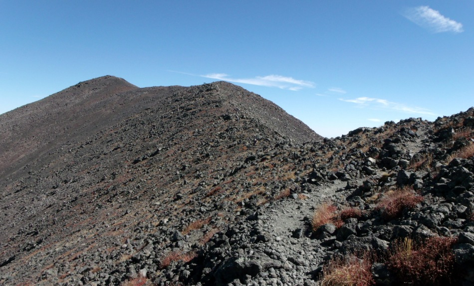 Getting closer on the trail to Humphreys Peak