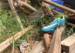 Running shoe debris